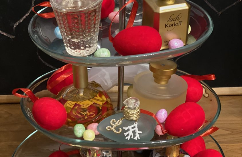 Tradition, Easter and Perfume